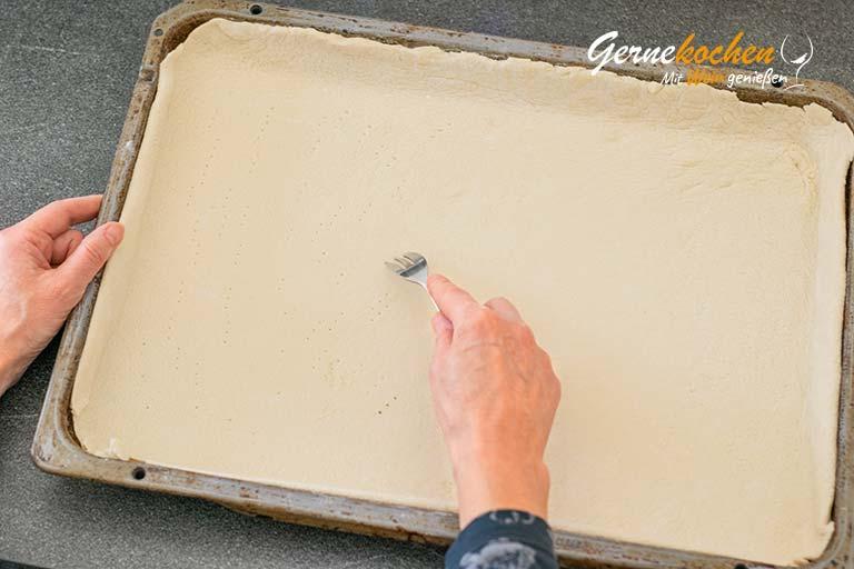 Pissaladíere, Zwiebelkuchen aus Nizza - Zubereitungsschritt 4