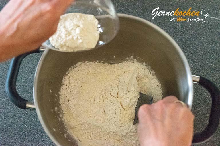 Pizzateig selber machen - Zubereitungsschritt 1.2