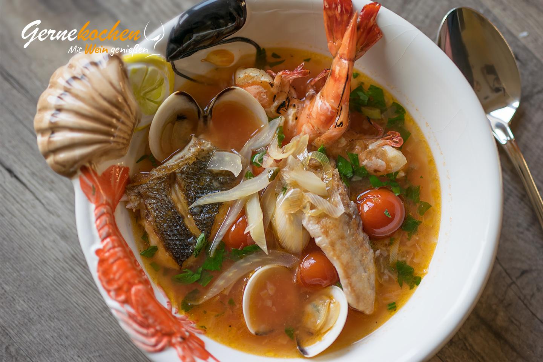 Griechische Fischsuppe (Psarósoupa). Gernekochen - Mit Wein genießen