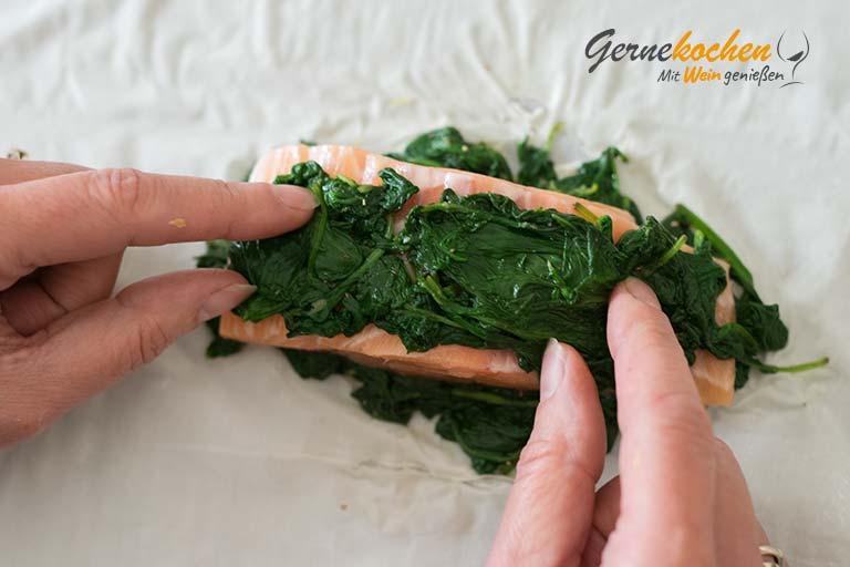 Lachs in Blätterteig mit Karotten und Topinambur - Zubereitungsschritt 3.1