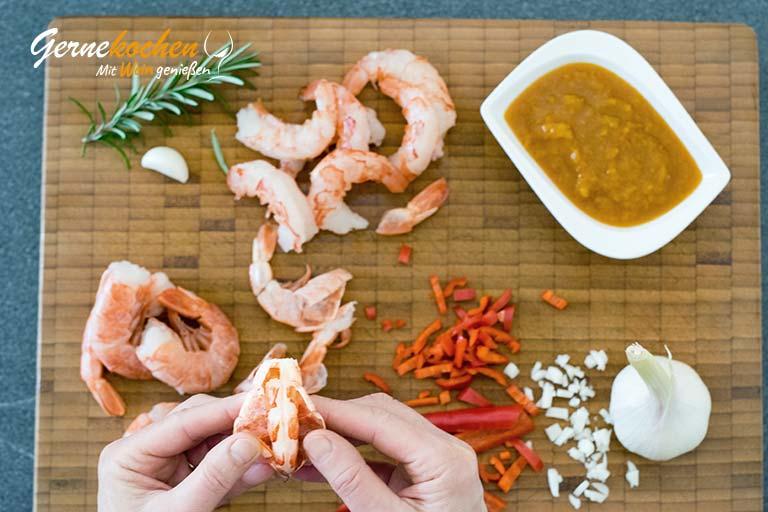 Rotgarnelen mit gelbem Paprika-Ketchup – Zubereitungschritt 1
