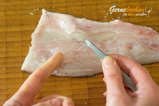 Wie filetiert man eine Forelle? - Zubereitungsschritt 5