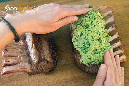 Lammkarree mit Kräuterkruste - Zubereitungsschritt 4