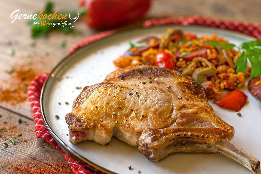 Kotelett vom Mangalitza-Schwein mit Ungarischem Reis