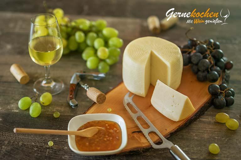 Griechische Käsesorten und die dazu passenden Weine: 1.Teil - Graviera. Nikoleta Makrionitou