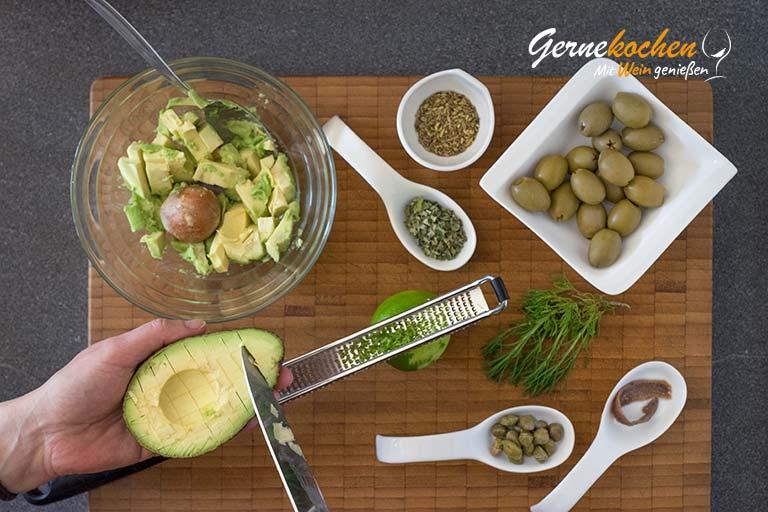 Oliven-Avocado-Dip à la Gernekochen – Zubereitungsschritt 2