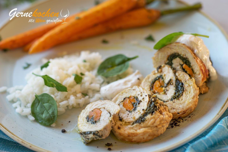 Gefüllte Putenrouladen mit Acquerello-Reis und gebratenenen Möhren Rezept