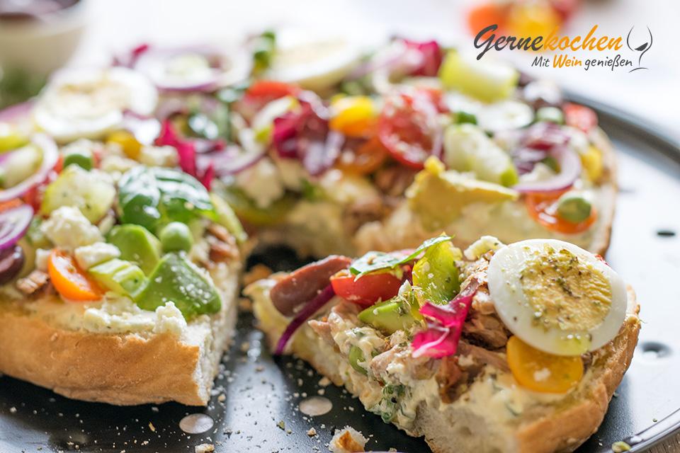 Fladenbrotpizza Griechenland. Gernekochen - Mit Wein genießen