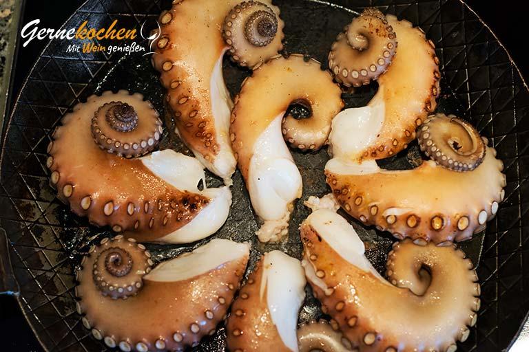 Oktopus-Stifado – Zubereitungsschritt 2