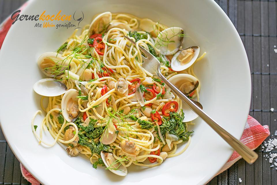 Spaghetti mit Herzmuscheln. Gernekochen - Mit Wein genießen