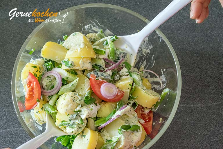 Griechischer Kartoffelsalat mit Feta – Zubereitungsschritt 6