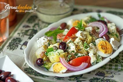 Griechischer Kartoffelsalat mit Feta – Patatosaláta me féta