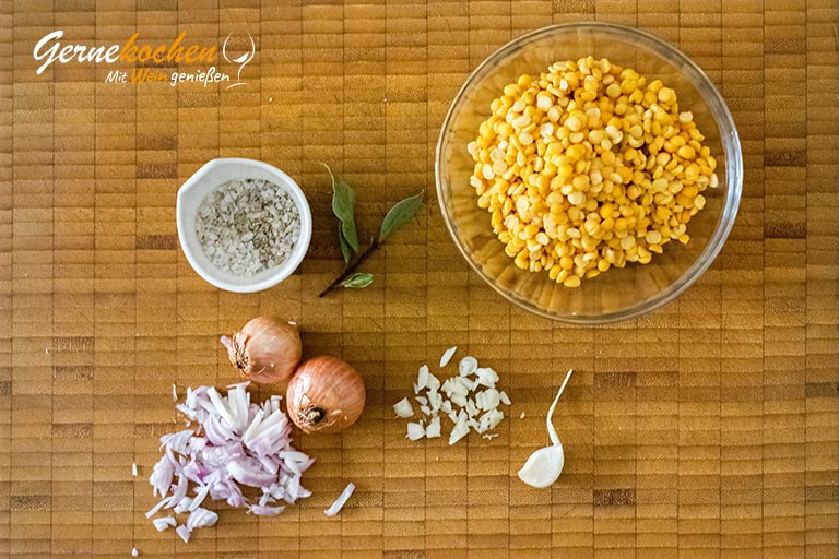 Fava mit Baby-Oktous und Feta – Zubereitungsschritt 1