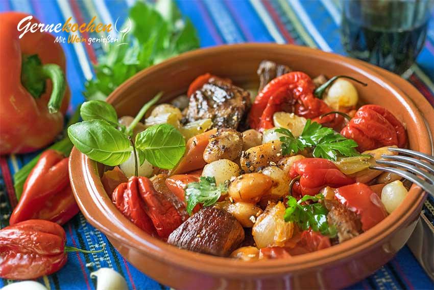 Kalbfleisch-Stifado aus dem Slow Cooker - griechisches Rezept