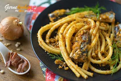 Pasta mit sizilianischer Sardinensauce bzw. »Pasta con la sarde alla siciliana«