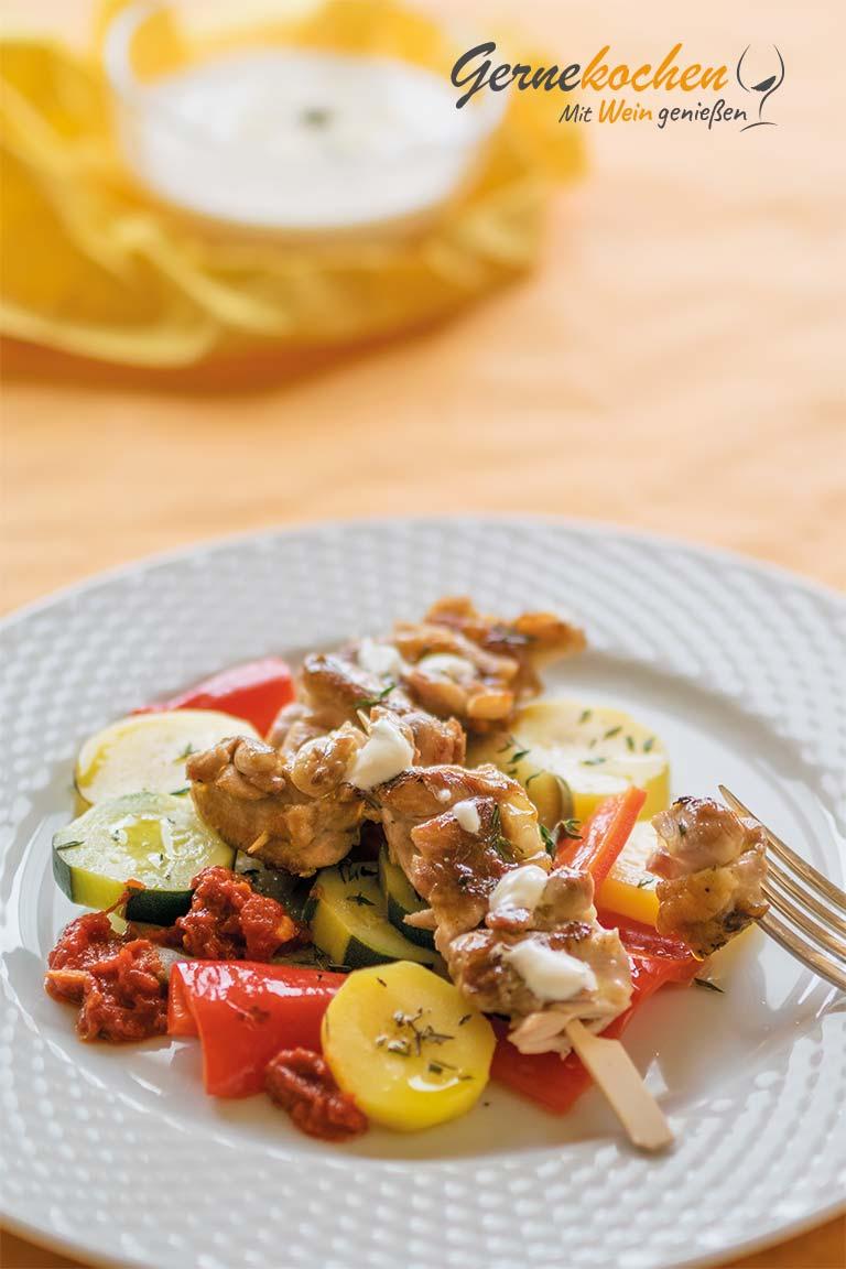 Hähnchen-Kebab mit buntem Sommergemüse