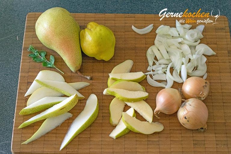 Wildgulasch mit Quitten und Birnen - Zubereitungsschritt 1.1