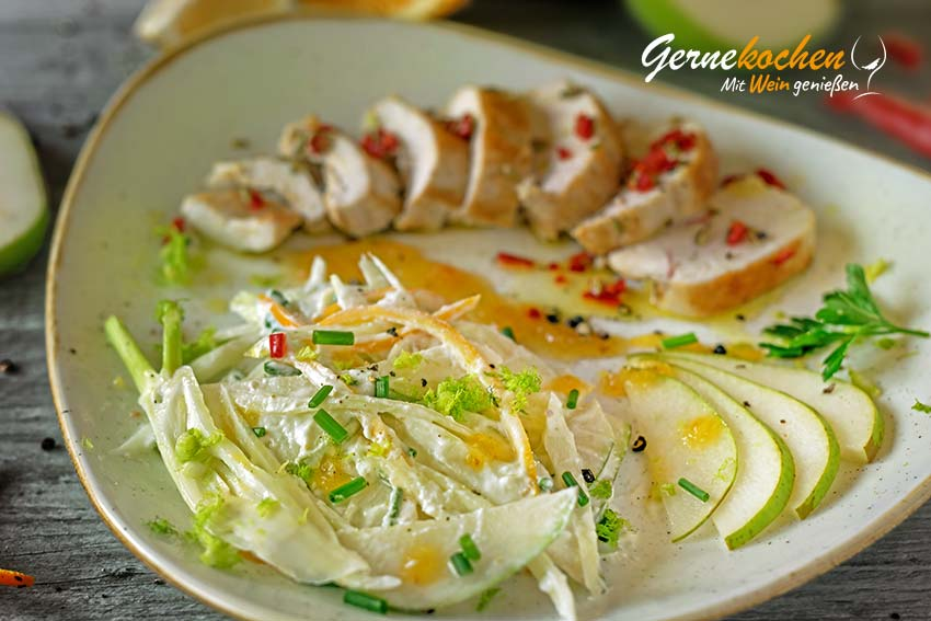 Birnen-Fenchel-Salat mit Chili-Hähnchenbrust