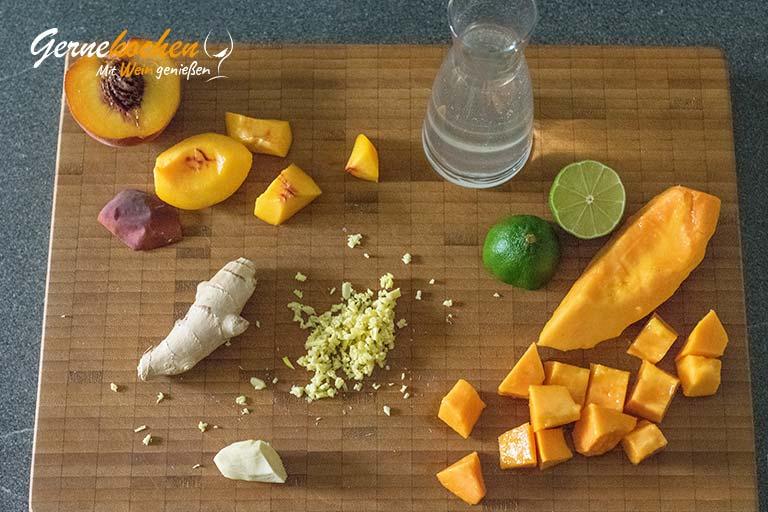 Pfirsich-Papaya-Smoothie mit Kokoswasser – Zubereitungsschritt 1