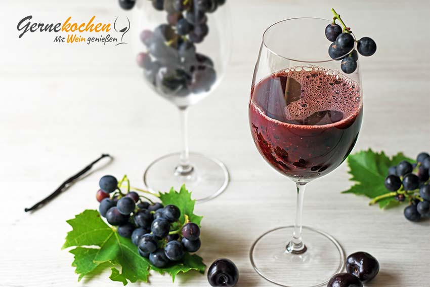 Weintrauben-Kirsch-Smoothie mit Vanille