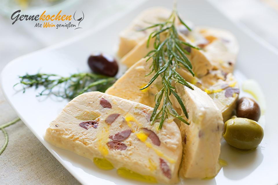 Mediterranes Oliven-Rosmarin-Parfait »Greek Style«. Gernekochen - Mit Wein genießen