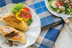 Food-Fotografie: Tschebureki - Kaukasische Pasteten
