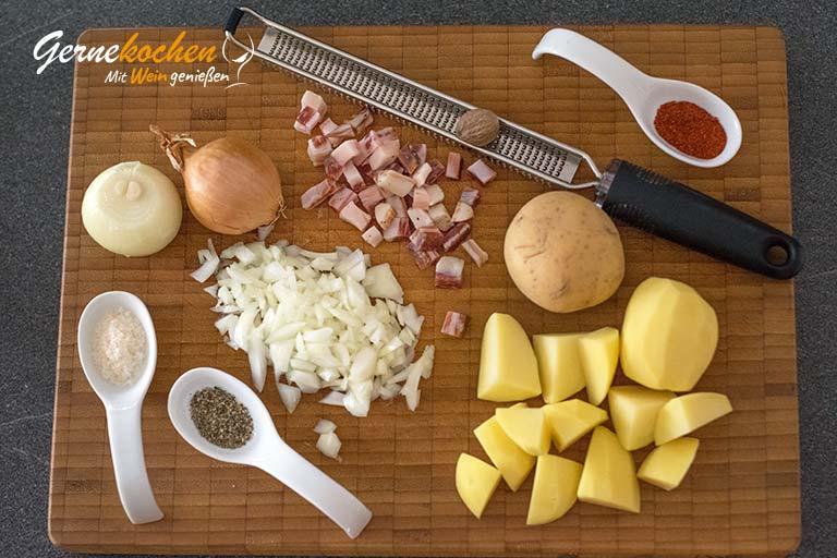 Grünkohl mit Würstchen und Speck - Zubereitungsschritt 1