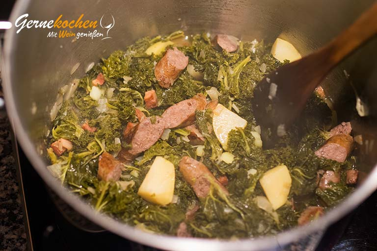 Grünkohl mit Würstchen und Speck - Zubereitungsschritt 8