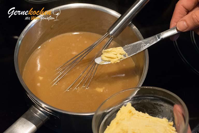 Milchzickleinkeule aus dem Backofen nach Omas Art – Zubereitungsschritt 8.1