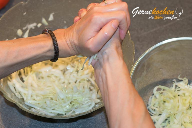 Cole-Slaw-Salat - amerikanischer Krautsalat Zubereitungsschritt 2