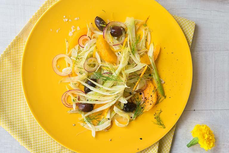 Fenchelsalat mit Orangenfilets. Gernekochen - Mit Wein genießen